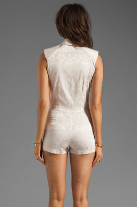 AGAIN Sweeny Sleeveless Tailored Romper
