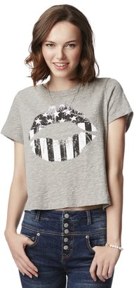 Aeropostale Flag Lips Cropped Graphic T