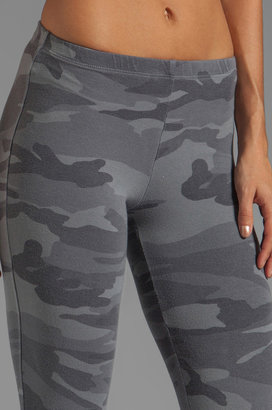 Splendid Camo Print Leggings