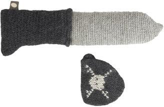 Oeuf Knit Pirate Eyepatch & Dagger Set