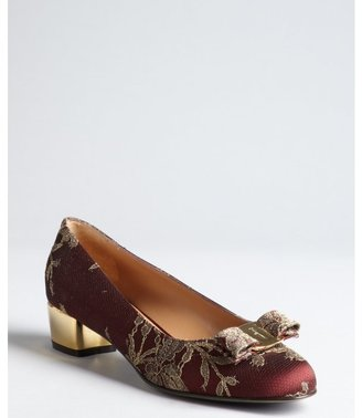 Salvatore Ferragamo burgundy and gold satin lace bow 'Taos' reflective heel pumps