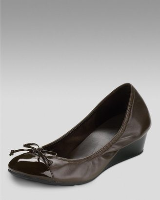 Cole Haan Air Tali Lace Low-Wedge Pump, Dark Chocolate