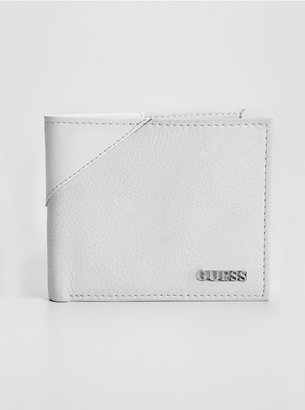 GUESS Leather Passcase Wallet