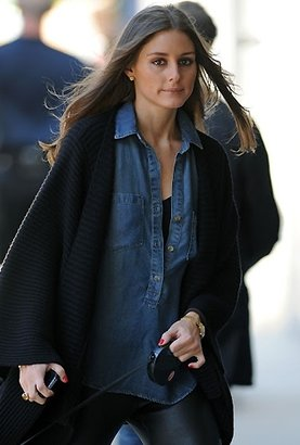 Bella Dahl Pullover Placket Shirt in Vintage Dot Denim as Seen On Olivia Palermo