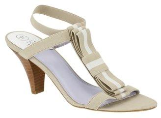 Johnston & Murphy Evie Bow T-Strap Sandal