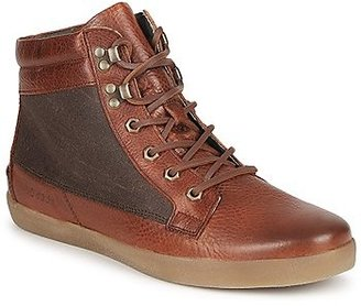 Nicholas Deakins VINCENT men's Shoes (High-top Trainers) in Red