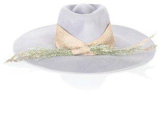 Littledoe Dusk hat in Light Grey