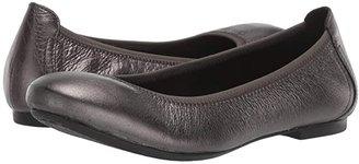 Børn Julianne (Navy Full Grain Leather) Women's Flat Shoes