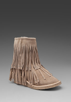 Koolaburra Savannity Short Fringe Boot