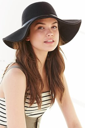 Urban Outfitters Staring At Stars Lola Felt Floppy Hat