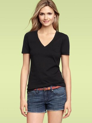 Gap Mercer V-neck pocket T