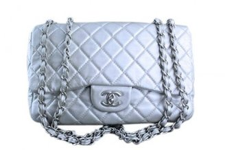 Chanel very good (VG Silver Lambskin Jumbo 2.55 Quilted Classic Flap Bag