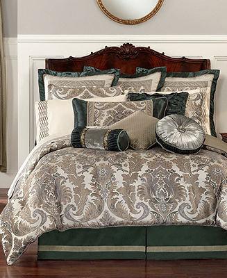 Waterford CLOSEOUT! Bedding, Richmond Queen Comforter Set