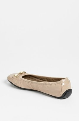 Me Too Women's 'Legend 2.0' Ballet Flat