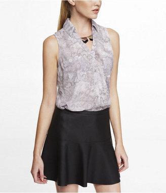 Express Lace Print Sleeveless Portofino Shirt