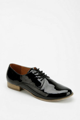 Urban Outfitters Cooperative Vegan Patent Oxford