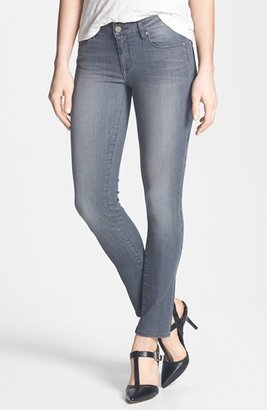 Paige 'Skyline' Skinny Ankle Jeans (Hart)