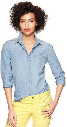 Gap 1969 Chambray One-Pocket Shirt