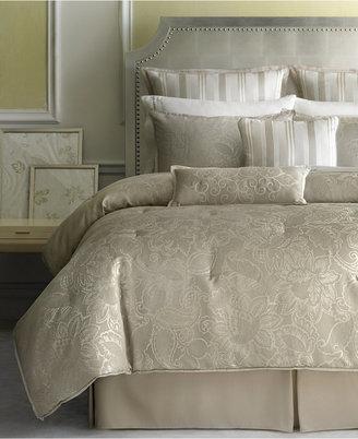 Martha Stewart Collection Gated Garden 24 Piece Queen Comforter Set