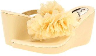 Nina Galene (Buttercream) - Footwear