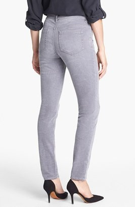 Vince Camuto Two by Sand Washed Skinny Jeans (Sandy Grey)