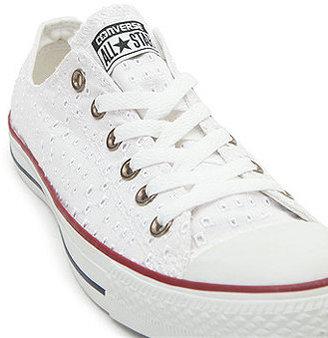Converse Lo Eyelet Sneaker