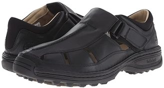 Timberland Altamont Closed Toe/Closed Back Fisherman (Black Smooth) Men's Shoes