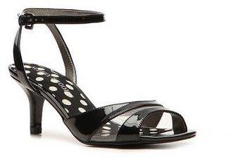 Audrey Brooke Saloni Sandal