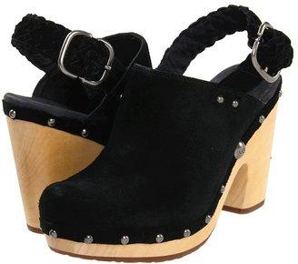 UGG Dafni (Black) - Footwear