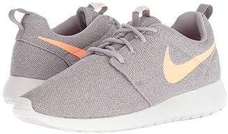 comer bancarrota Alternativa  Nike Roshe One (Atmosphere Grey/Orange Pulse) Women's Shoes - ShopStyle