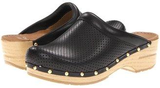 Dansko Perfed Sonja (Black Veg) - Footwear