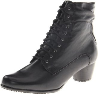Blondo Women's Evanne Ankle Boot