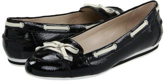 Nine West Clarence (Black/Ivory Synthetic) - Footwear