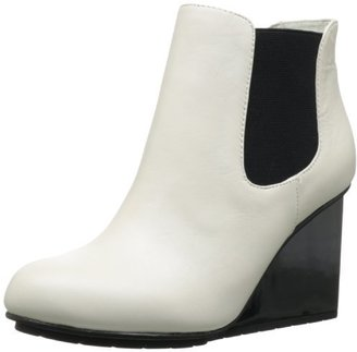 United Nude Women's Solid Chelsea Boot