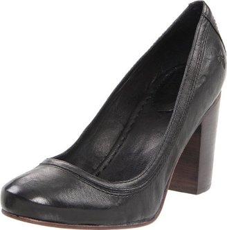 Frye Women's Carson Pump,Black,7.5 M US