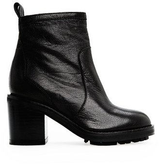 MANGO Outlet Zipper Leather Ankle Boots