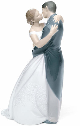 ba51f0051 Nao by Lladro A Kiss Forever Collectible Figurine
