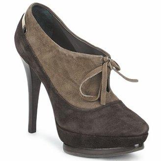 Alberto Gozzi CAMOSCIO ARATY women's Low Boots in Brown
