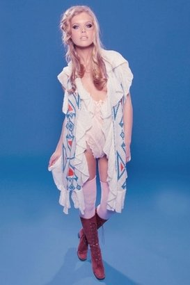 Wildfox Couture Laurel Canyon Woodstock Hood Scarf in Cream