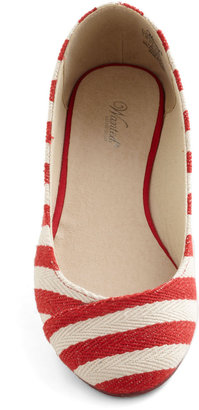 Ready or Naut Flat in Cherry