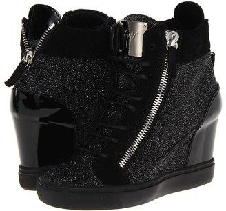 Giuseppe Zanotti RDW333 LOR75 (Zouk Argento Velour Nero Zouk) - Footwear