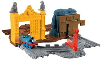 Thomas & Friends take-n-play treasure tracks set by fisher-price