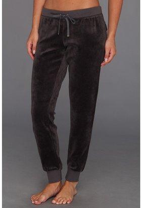 Juicy Couture Slim Comfy Pant (Top Hat) - Apparel