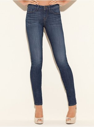 GUESS Brittney Mid-Rise Skinny Jeans in Crossroad Wash