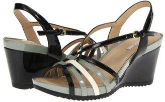 Geox D New Roxy 3 (Red/Coral/Peach) - Footwear
