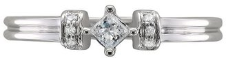 Diamond 1/8 CT.T.W. Princess Ring with Round Accent Stones in 10K White Gold (H-I, I2)