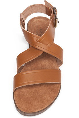 A.P.C. Eapis Leather Sandal in Noisette