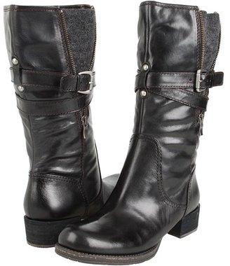 Naya Saffron (Black Leather) - Footwear