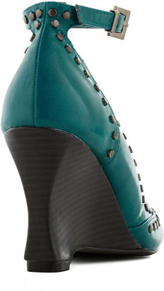 There Will Be Studs Wedge in Turquoise