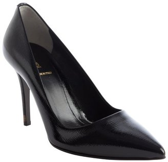 Fendi classic black leather pointed toe pumps